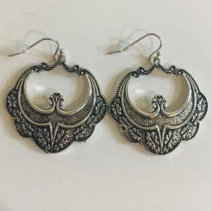 Cute boho style fashion earrings